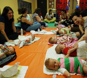 mom-and-baby-drop-in