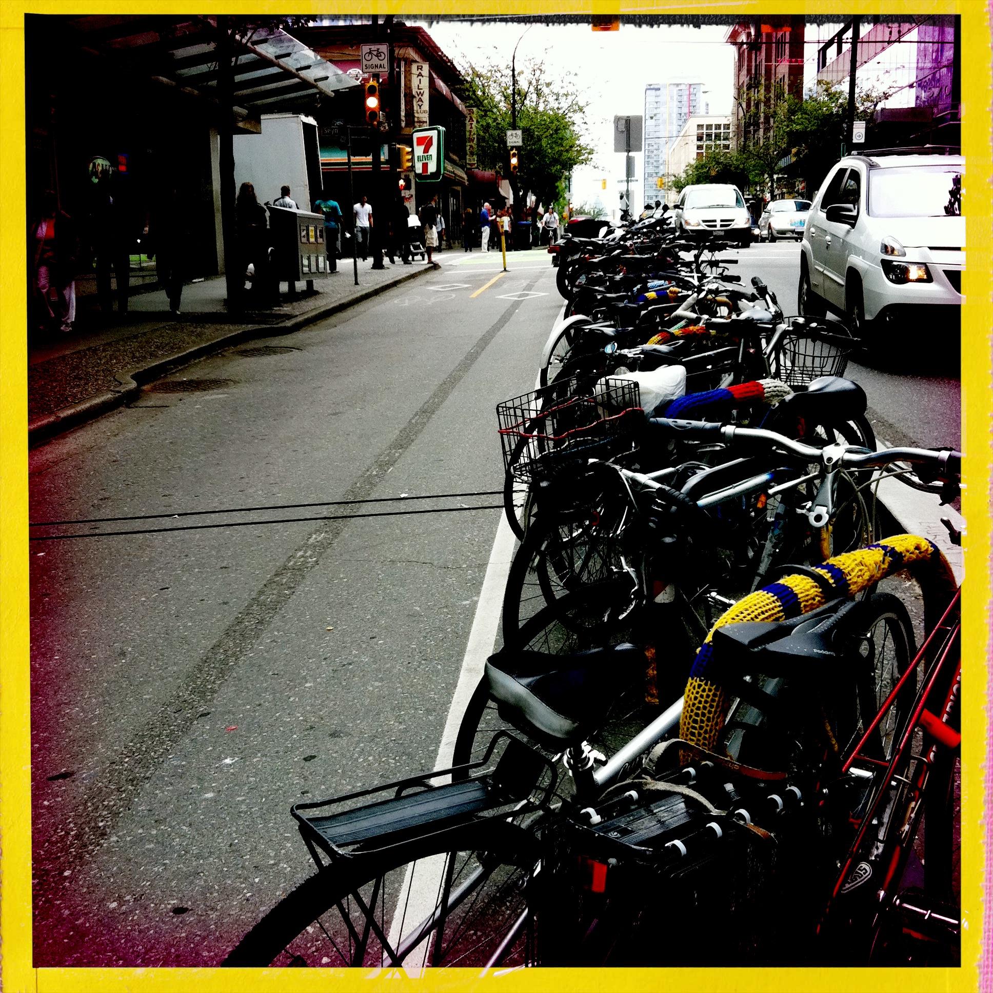 cycling vancouver dunsmuir bike lane