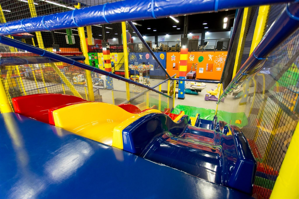 Kid friendly vancouver 7 awesome indoor playgrounds for Indoor playground for toddlers near me