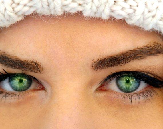 green-eyes-1161230_1920