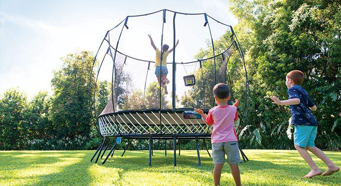 springfree trampoline giveaway