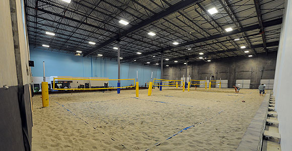 6-pack-indoor-beach-centre_image1.jpg