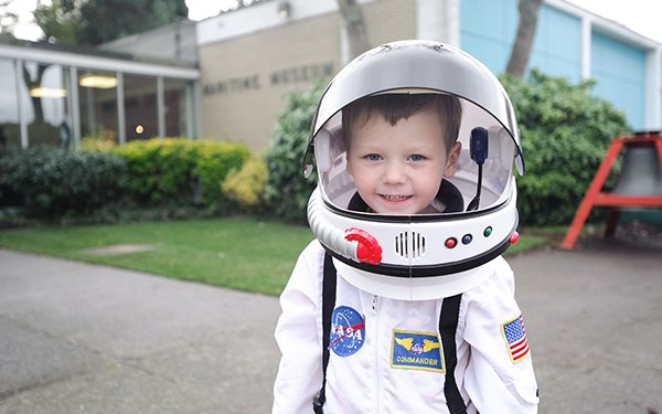 kid_astronaut_image2.jpg